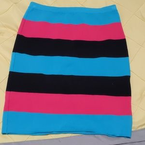 Bebe striped stretch bandage skirt. Size small